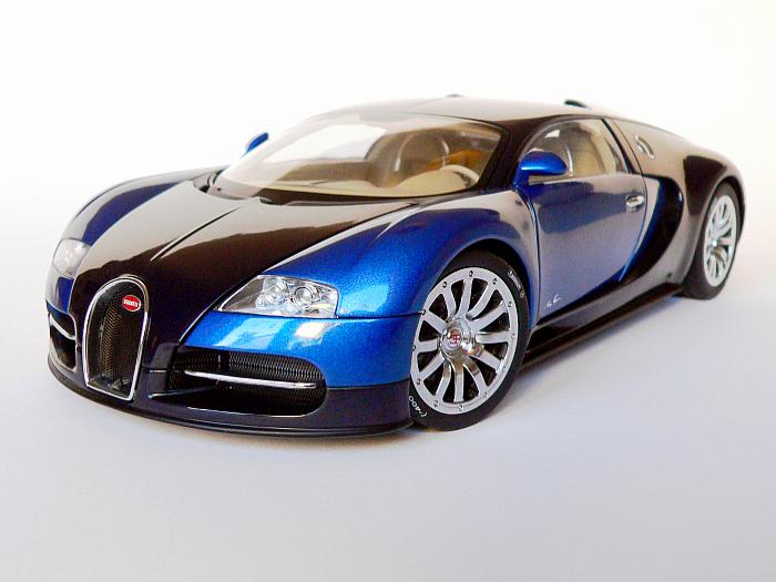 bugatti veyron 1 18 von autoart. Black Bedroom Furniture Sets. Home Design Ideas
